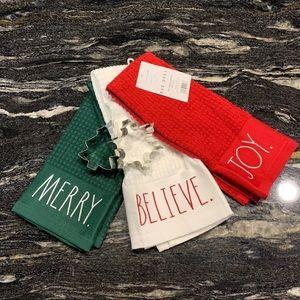 Rae Dunn (JOY,BELIEVE&MERRY) Holiday Towel Trio